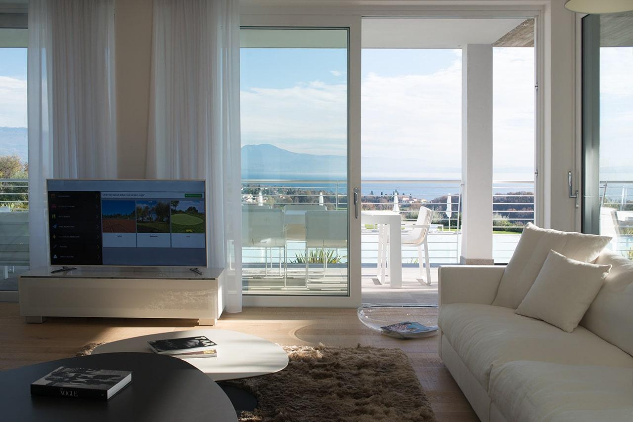 Апартаменты в жилом комплексе на озере Гарда